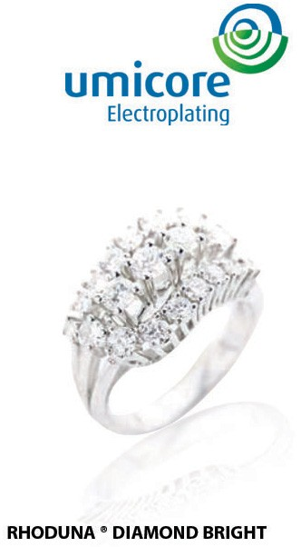 silver-diamond-engagement-rings